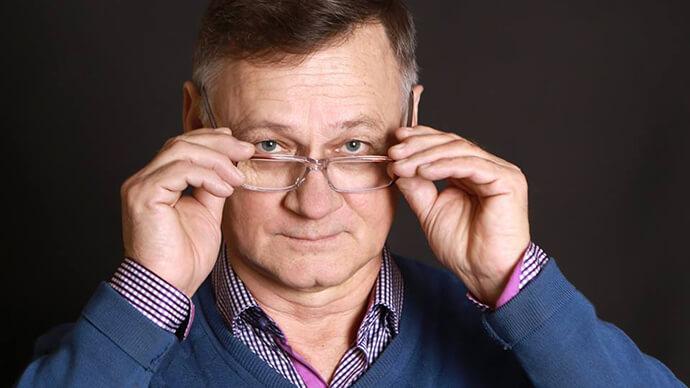 Отзів, Юрий Волик